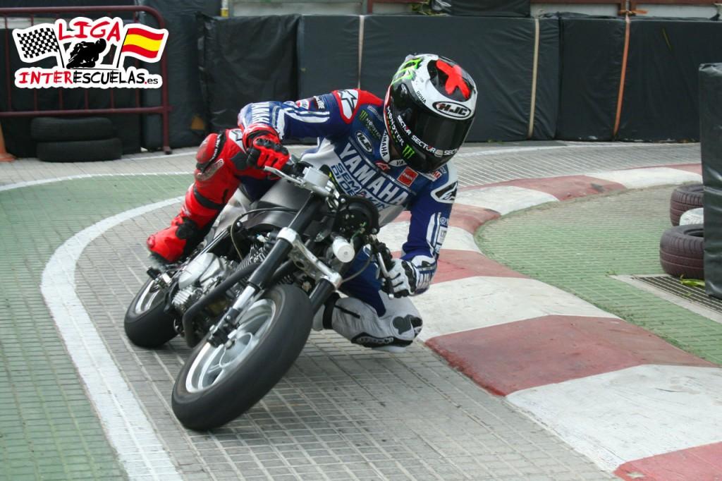 Jorge Lorenzo disfruto con la Motoliga en las instalaciones de Son Hugo.